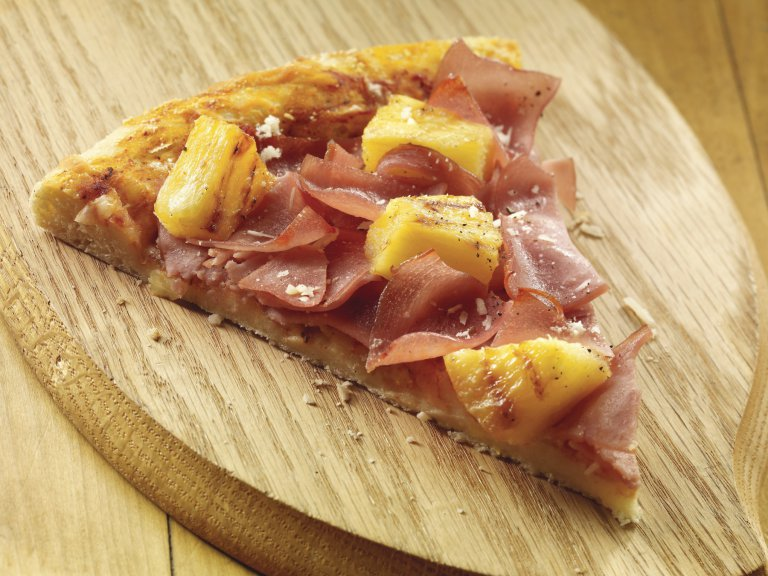 Canadian_Bacon_Pineapple_Pizza_Slice